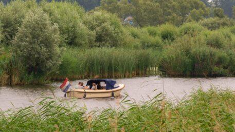 Motorbootje - foto: Jan Depelseneer